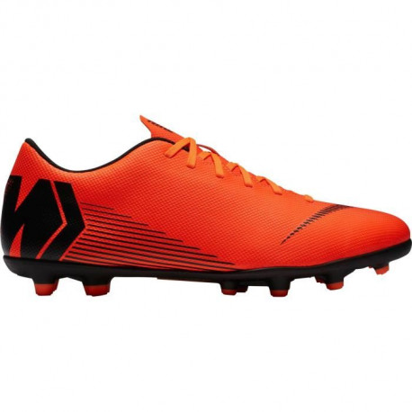 NIKE Chaussures de football Mercurial Vapor 12 Club Mg - Mixte - Orange