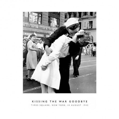 Affiche papier -  Kissing the War Goodbye  - Photography Collection  - 60x80 cm